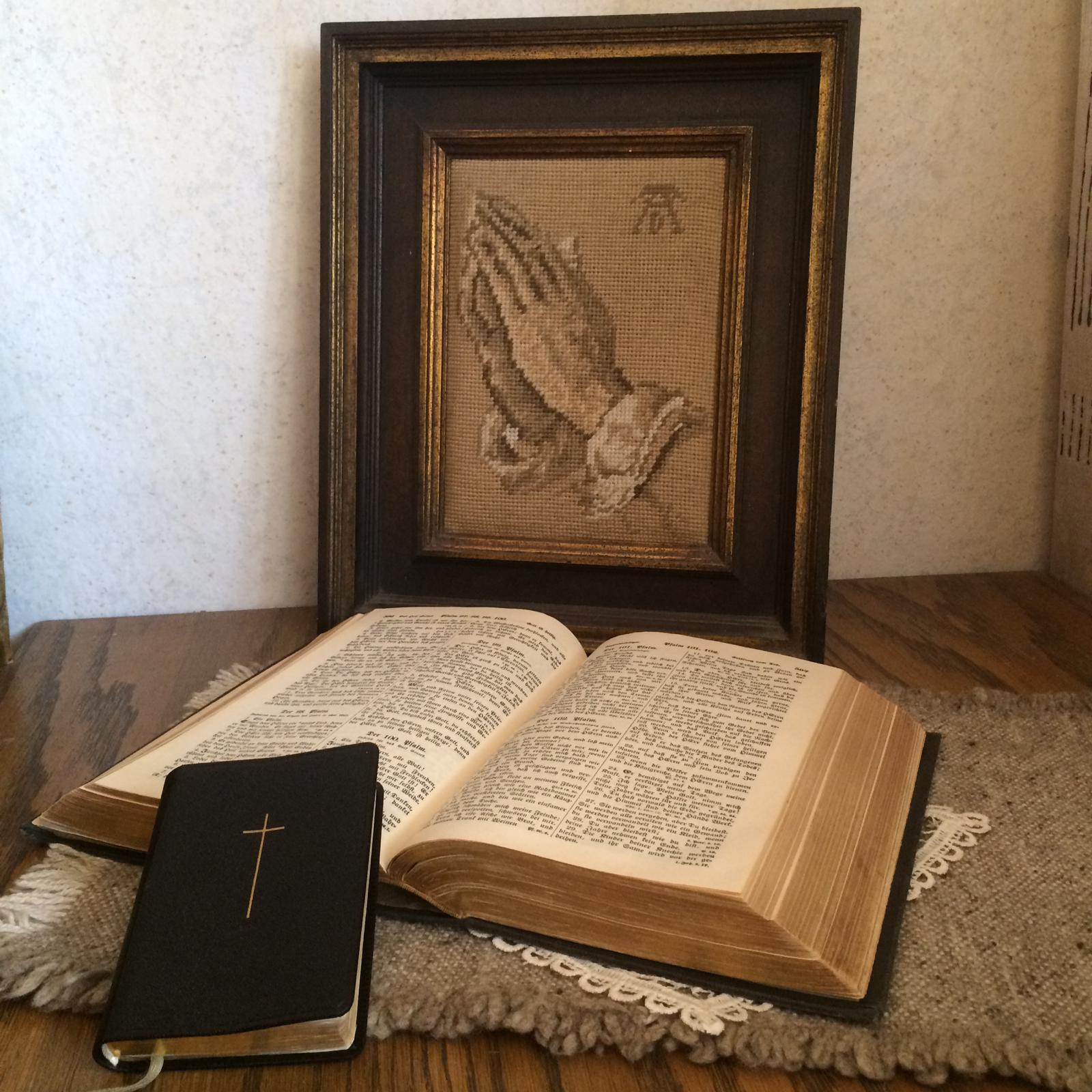 Bibel-und-Gesangbuch